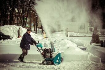 snow blowers for gravel driveways